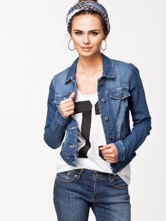 Vero Moda New Soya Denim Jacket för 299 kr, från nelly