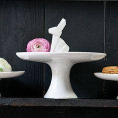 Statuette Rabbit Cake Plate