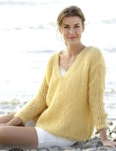 Mohair sweater, V neck sweater, women knit sweater, mohair jumper,mohair pullover, loose sweater, yellow sweater , long sleeves sweater, hand knit sweater, angora sweater, V neck pullover, gifts for her, women Christmas gift   Knitted oversized loose jumper with V-neck and vents. The sleeves rest just above the wrist. I make this from a soft and luxurious yarn made from superfine alpaca and merino wool. Warm and with a mohair-like look, it's available in a sophisticated shade card ranging…