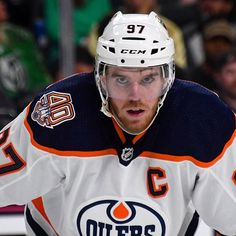 Connor McDavid has been named a finalist for the Ted Lindsay Award! The award is given annually to the most outstanding player as voted on… Ted Lindsay, Connor Mcdavid, Wayne Gretzky, Stanley Cup Champions, Edmonton Oilers, Field Hockey, Montreal Canadiens, Hockey Players, Ice Hockey