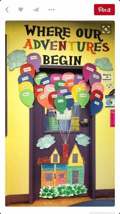 Classroom doors decorate your classroom door check out for Porte decorate scuola