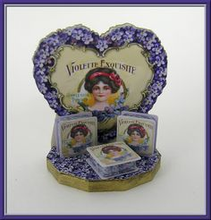 Violette Exquisite Powder Display Kit
