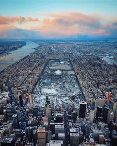 Manhattan birds view by @linxspiration | newyork newyorkcity newyorkcityfeelings nyc brooklyn queens the bronx staten island manhattan @lingkingman @ellistuesday @BastienGchr @Parccy