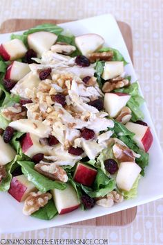 "Cranberry Apple Chicken Salad w/ Honey Mustard Dressing, I need to find a ""clean eating"" recipe for honey mustard dressing! Healthy Salads, Healthy Eating, Healthy Recipes, Chicken Salad With Apples, Salad Chicken, Chicken Fajitas, Apple Chicken, Cooked Chicken, Cranberry Chicken"