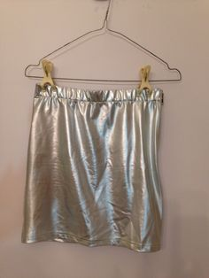 Metallic mini skirt Fashion Books, Photo Book, Valance Curtains, Metallic, Mini Skirts, Home Decor, Style, Swag, Room Decor