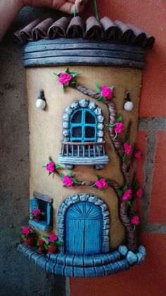 result of tiles decorated with cold porcelain Pasta Das, Watering Ca . Tile Crafts, Clay Crafts, Diy And Crafts, Arts And Crafts, Art Crafts, Handmade Crafts, Clay Fairy House, Diy Y Manualidades, Clay Wall Art