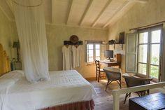 Ferienhaus Camaiore mit Terrasse oder Balkon für bis zu 2 Personen mieten Hotel Airbnb, Curtains, Bed, Furniture, Home Decor, Patio, Cottage House, Balcony, Italy