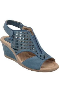 Wedges Sandals To Update You Wardrobe Wedges Sandals To Update You Wardrobe Today Earth Shoes: Crown Women's Shoes, Buy Shoes, Me Too Shoes, Shoe Boots, Earth Shoes, Shoe Wardrobe, How To Make Shoes, Pretty Shoes, Summer Shoes