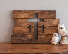 Wooden Cross Wall Decor Three Crosses Decor Home Decor Wooden Crosses, Crosses Decor, Wall Crosses, Wine Crate Table, Photo Frame Decoration, Cross Pictures, Pallet Crafts, Diy Pallet, Pallet Ideas
