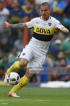 Dario Benedetto of Boca Juniors controls the ball during a match between Boca Juniors and Rosario Central as part of Torneo Primera Division 2016/17 at Alberto J. Armando Stadium on November 20, 2016 in Buenos Aires, Argentina.