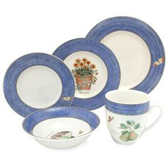 Wedgwood - Sarah's Garden Blue Dinner Set 20pce Sarah's Garden, Best Of British, Dinner Sets, Wedgwood, How To Look Better, Decorative Plates, Pottery, Cupboard, Free Delivery