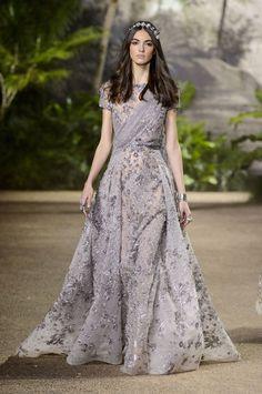Elie Saab's spring 2016 haute couture