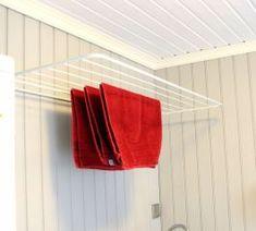Torkställning för väggmontering från Rörets Industrier. Passar perfekt över badkaret, i tvättstugan eller på balkongen. Fälls upp eller ned med ett enkelt handgrepp (180°). Skruv och plugg för montering medföljer. Laundry In Bathroom