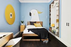 The opportunity to design a custom mural for this playful bedroom was a dream come true for Sandy McLean of boutique design agency @minicasainteriors utm_source=rss&utm_medium=rss&utm_campaign=real-room-a-playful-space-for-tom Bed Storage, Storage Baskets, Blackboard Art, White Paint Pen, Bed End, Blue Paint Colors, Box Bed, Childrens Beds, Built In Bookcase