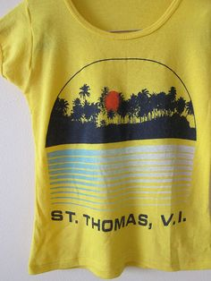 488709863 70s shirt / vintage 1970s t-shirt / palm tree sunset by MILKTEETHS Cool Tee