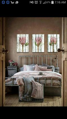 best wall paint color to go with a rose gold decorated room Industrial Bathroom Design, Industrial Interior Design, Industrial Bedroom, Industrial Interiors, Bathroom Design Small, Bedroom Wall, Bedroom Decor, Bedroom Ideas, Master Bedroom