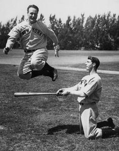 April 1939 - Lou Gehrig played his last game with the Yankees. He had played in consecutive games. New York Yankees Lou Gehrig leaps over a bat held by Joe DiMaggio during spring training. (Sporting News Archives) Breaks my heart a bit. My Yankees, New York Yankees Baseball, Sports Baseball, Baseball Players, Baseball Cards, Baseball Pics, Baseball Display, Softball, Joe Dimaggio