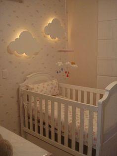 Quarto de bebê: nuvens: ideia para fazer com outras formas em contraplacado pintado e colocar nos pontos de luz