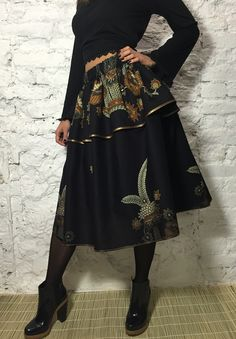 Designer double-layer Legend midi-skirt of ethnic cotton. Exclusive Boho-chic!