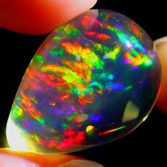 International Opals 18.9 x 14.3 x 11.3mm 15.8 carats Auction #627282 Opal Auctions