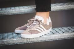 Tênis Adidas Gazelle W Casual BY9360 Cinza   Zariff
