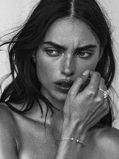 Portraits, Portrait Photographers, Model Test, Beauty Shoot, Jewelry Model, The Most Beautiful Girl, Models, Pure Beauty, Covergirl
