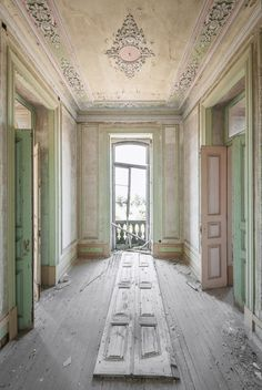 "Her project, entitled ""Dulcis Domus,"" documents villas, castles, and palaces abandoned during World War II. While many of these photos were shot in Italy – which, as Pavlovic points out, occupied a precarious geographic and political position during the war – several were taken in Belgium, and the project is still ongoing."