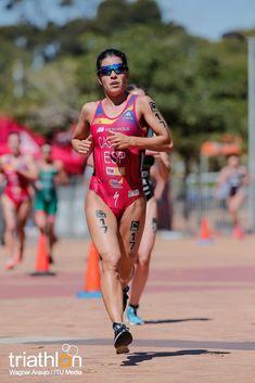 Triathlon Women, Long Jump, Sports Women, Female Sports, Bike Run, Athletic Women, Female Athletes, Sport Girl, Fit Women
