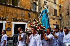 "Roma 29 Luglio 2013. The Solemn Celebrations and processions in honor of Madonna del Carmine, called ""de 'Noantri"".The procession in honor of Madonna del Carmine, called ""de 'Noantri"" from church of Santa Maria in Trastevere to church Sant'Agata"