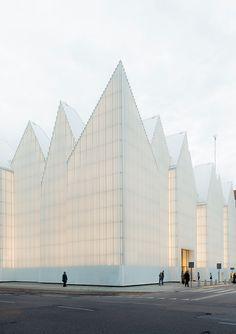 Филармония города Щецин: изнутри и снаружи. Подробнее: http://www.rdh.ru/site/arkhitektoora/3699--filarmoniya_goroda_shchetsin_ot_byuro_barozziveiga/  #architecture #архитектура