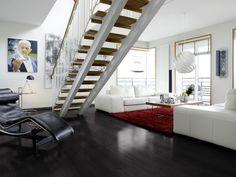 Minimalistista tyyliä, tilantuntua ja käytännöllisyyttä. - Minimalism style, practical and spacious room.