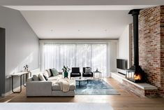 Milroy Street House: Complete Overhaul of an Edwardian House Contemporary Architecture, Interior Architecture, Contemporary Design, Interior Design, Home Fireplace, Fireplace Design, Fireplaces, Fireplace Ideas, Living Area