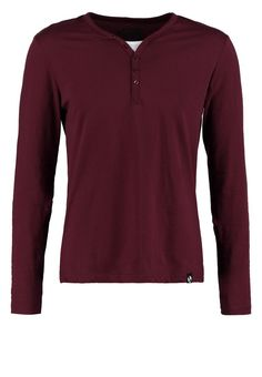 YOUR TURN SERAFINO Langarmshirt bordeaux Bekleidung bei Zalando.de | Material Oberstoff: 100% Baumwolle | Bekleidung jetzt versandkostenfrei bei Zalando.de bestellen!