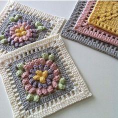 Happy Sunday everyone! Granny Square Crochet Pattern, Crochet Blocks, Crochet Flower Patterns, Crochet Squares, Crochet Motif, Crochet Flowers, Crochet Stitches, Knitting Patterns, Granny Squares