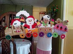 Christmas Sewing, Christmas Crafts For Kids, Winter Christmas, Handmade Christmas, Felt Crafts, Clay Crafts, Felt Ornaments, Christmas Ornaments, Sewing Stuffed Animals