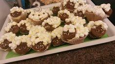Sheepy cupcakes
