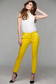 Plains and prints clothing All Fashion, Everyday Fashion, Fashion Models, Chic Outfits, Girl Outfits, Fashion Outfits, Anne Curtis Outfit, Anne Curtis Smith, Filipina Beauty