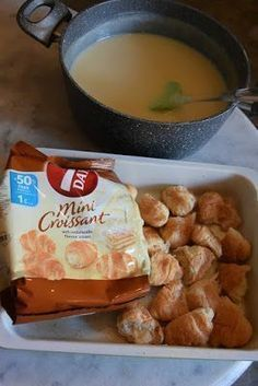 Want to know about indian recipes chickpeas? Sweets Recipes, Cake Recipes, Cooking Recipes, Greek Recipes, Indian Food Recipes, Low Calorie Cake, Mini Croissants, The Kitchen Food Network, Appetisers