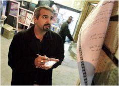 Shadid ganó dos veces el Premio Pulitzer de Información Internacional, en el 2004 y 2010, por su cobertura de la guerra de Irak. Murió el 16 de febrero de un ataque de asma cuando cubría los sucesos en Siria