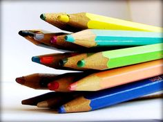 lots of information on using colored pencils, color theory, and has some great examples for practicing different techniques