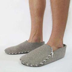 Minimal Material Footwear : lasso slippers