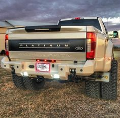 2017 #Ford_SuperDuty Platinum #Modified #Lifted