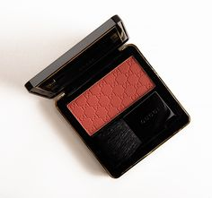 Gucci Cherry nectar Sheer Blushing Powder