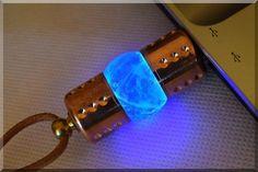 Artesanía 8/16/32/64/128GB Azul Natural cristal de cuarzo USB Flash Drive con cinta de piel. Steam Punk estilo # # # # # # # (etiquetas: Stick Thumb Pen Key Drive Storage Memory Jump Disk. Quartz Piedras preciosas hechas a mano. Mano trabajo hecho a mano Exclusivo Retro Vintage Crystal Gadget Device. Idea Navidad Regalo Único. ejemplar único. For Ordenador Portátil Tablet PC MAC Smart TV), azul, 16 GB: Amazon.es: Hogar