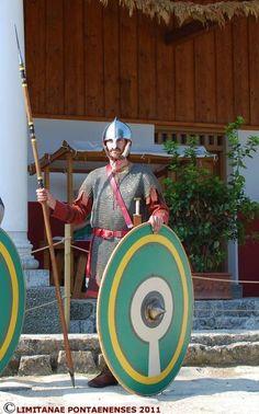 Roman legionnaire 280-350 AD