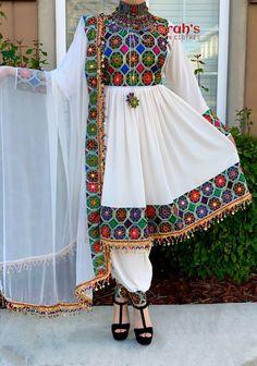Pakistani Fashion Party Wear, Pakistani Dress Design, Pakistani Dresses, Muslim Fashion, Indian Dresses, Hijab Fashion, Fashion Dresses, Stylish Dresses For Girls, Stylish Dress Designs