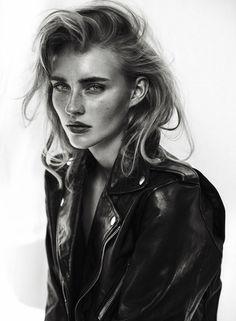Hannah Kairies - female model at Le Management - To Turn Into Art - Beauty Shoot, Hair Beauty, Modeling Fotografie, Shotting Photo, Portrait Photography, Fashion Photography, Le Management, Model Test, Model Face