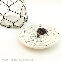 Round Ceramic Tea Bag Holder with Spider Web Design and Small Tarantula Small Ceramic Spoon Rest Ring Dish Haunted Halloween Fun Decorations