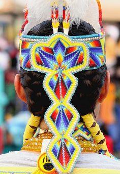 Stunning detail by greyshine, via Flickr    I love it, excellent beadwork