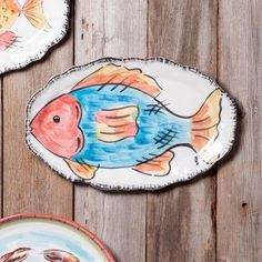 Bring some bold, fun color to the party with the beachy Abigails Napoli Oval Fish Platter . Equally enlivening as decor for a beach house or serving. Fish Cookies, Fish Platter, Ceramic Fish, Fish Design, Pottery Designs, Ceramic Painting, Safe Food, Hand Painted, Ceramics